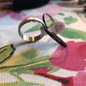 NWT. Metal ring. SCORPION 🦂